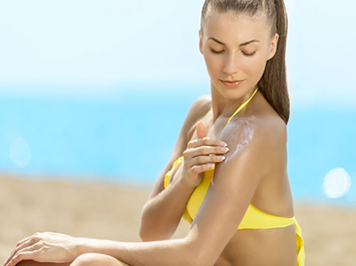 Have a Sun Rash? 3 Dermatologists Weigh In on What to Do