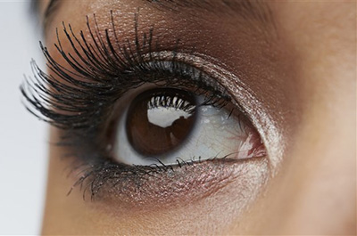 Thinking about getting a lash lift? Read this first